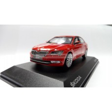 Superb III 1:43 Corrida Red