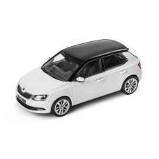 i-SCALE Skoda Fabia III 1:43 White with Black roof