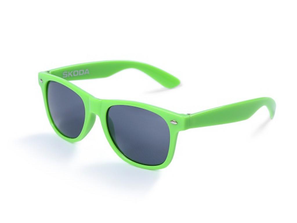 f08e14fd443 skoda Sunglasses green with dark lenses 000087900R