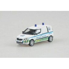 Skoda Roomster Praktik City Police Prague 1:43